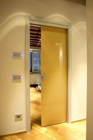 Construction of two interior doors painted with Ral mirror on the back