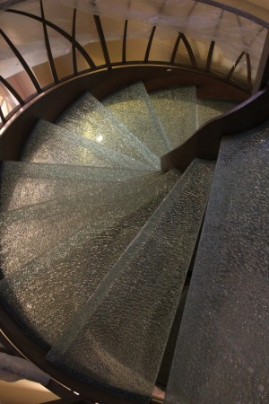 Glass stairs Cracklè for civil home