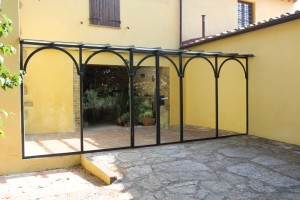 Stained glass dividers and external housing for rustic